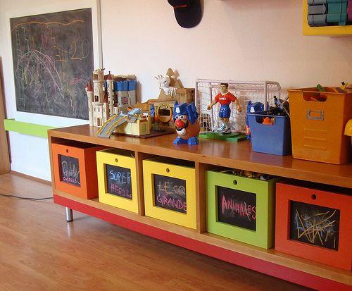Mueble para guardar juguetes con cajones de pizarr n flickr photo sharing casa - Mueble organizador de juguetes ...