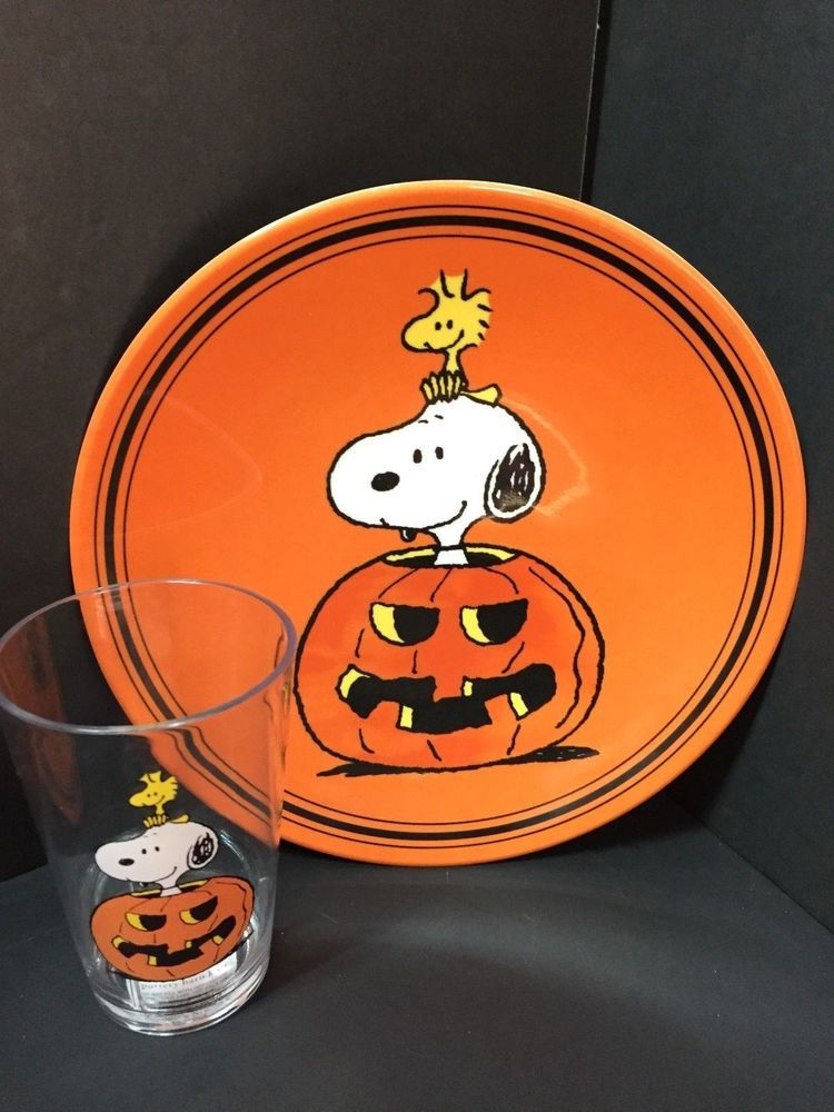 2pc Pottery Barn Kids Halloween Peanuts Snoopy Plate