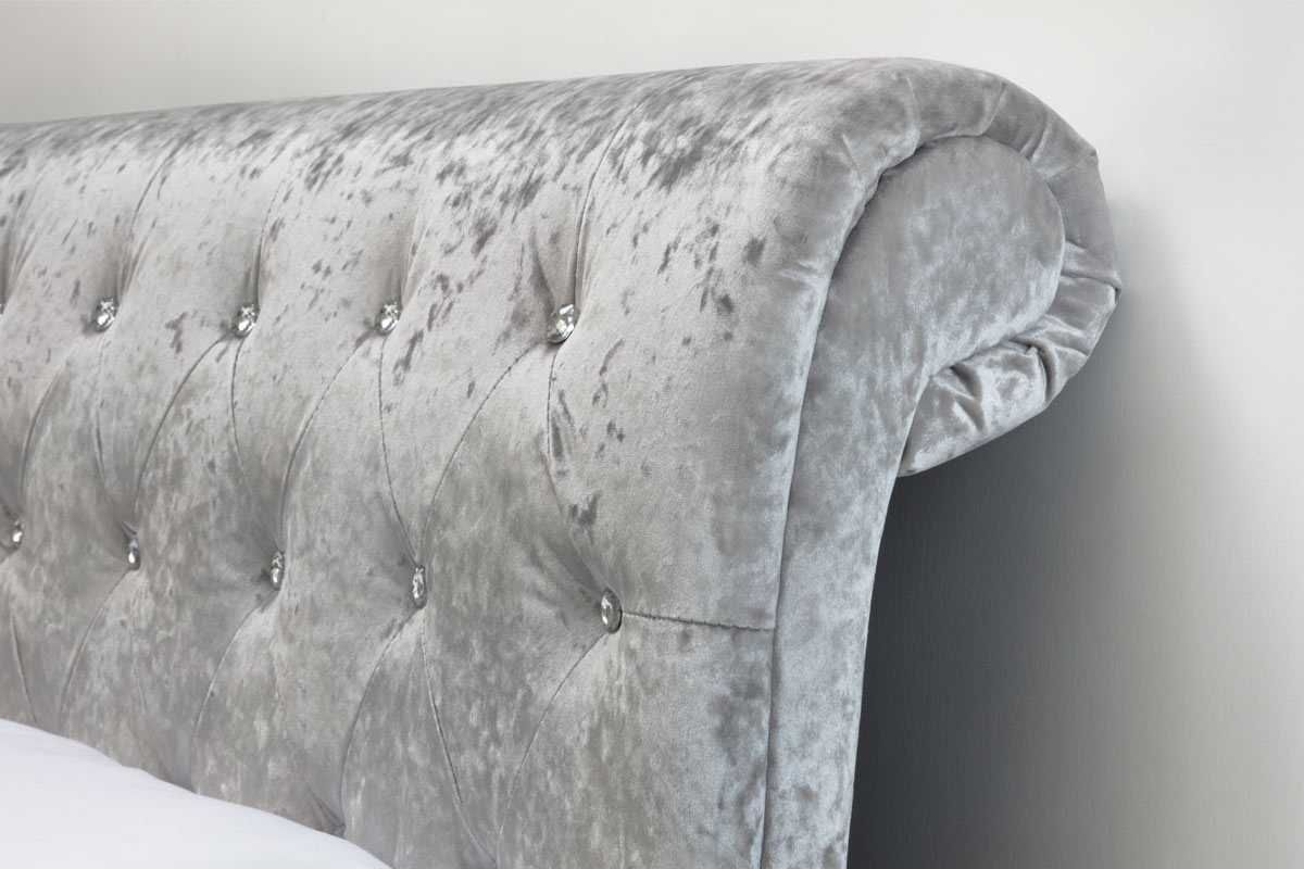 Best St James Silver Crushed Velvet Chesterfield Sleigh Bed 400 x 300