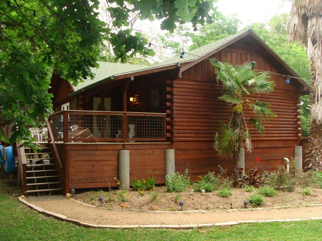 San Marcos River Log Cabin Rio Vista Rio Vista House Rental Vista