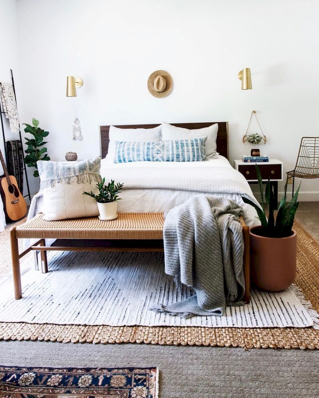 20 Decorating Tricks For Your Bedroom: Easy Tricks To Make Cozy Decorations In Small Bedrooms