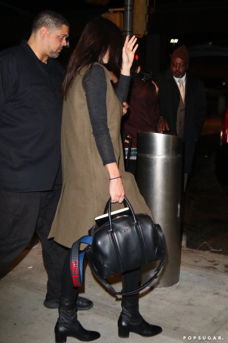 Pin for Later: Kendall and Reese Pull Off the Exact Same Accessory Trick 2 Very Different Ways  Kendall showed off an eye-catching monogrammed strap.