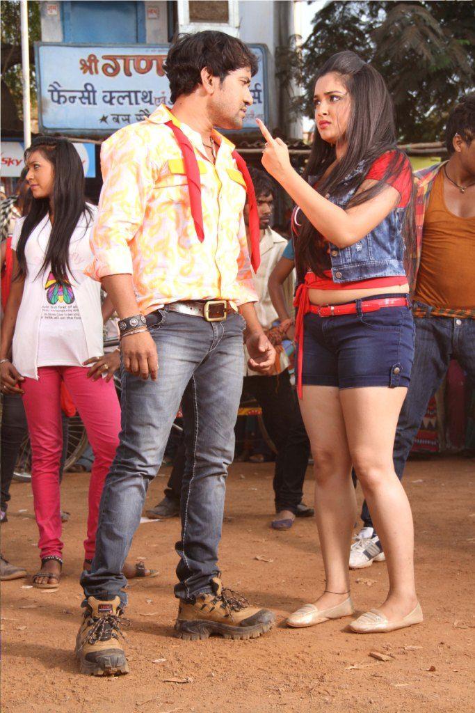 Bhojpuri Actress Amrapali Dube And Dinesh Lal Yadav Nirahua Hd