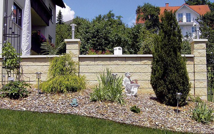 La Gardia Ein Sudlich Anmutendes Flair Mit Dem Mauersystem La Gardia Erreichen Sie Diesen Anspruch Mit Naturlicher Elega Gartenmauern Mauersysteme Garten