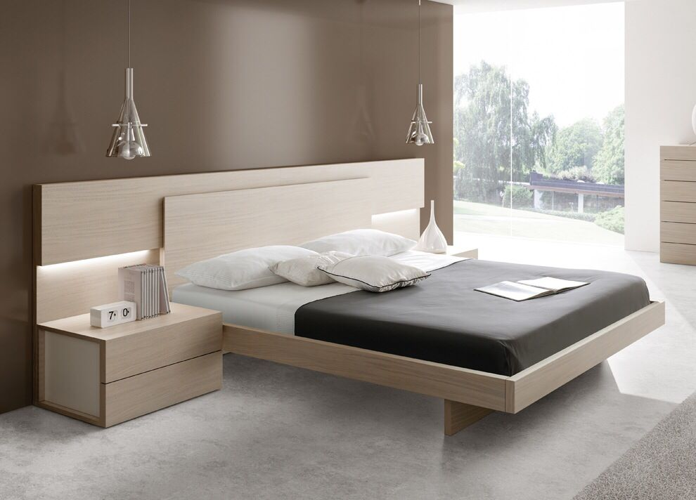 Bedroom ideas in light wood colour combination with a side ...