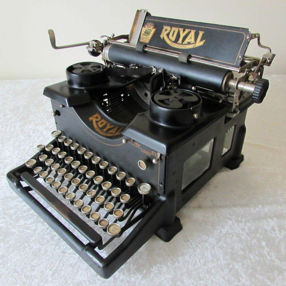 Vintage 1918 Working Royal 10 Typewriter W Double Glass Panels Typewriter Retro Typewriter Vintage Typewriters