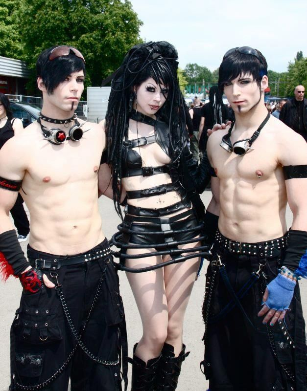 5 Best Alternative Dating Sites (Emo Goth Punk Metal & Rock) in