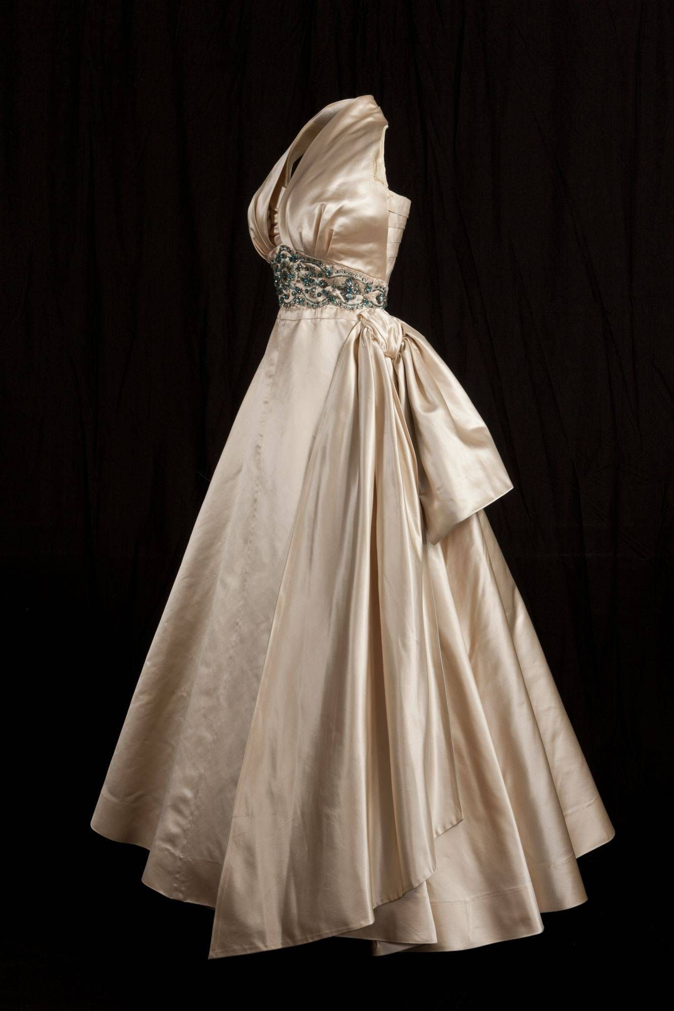 Princess Margaret Satin Gown Fashion Queen Dress Gowns Dresses