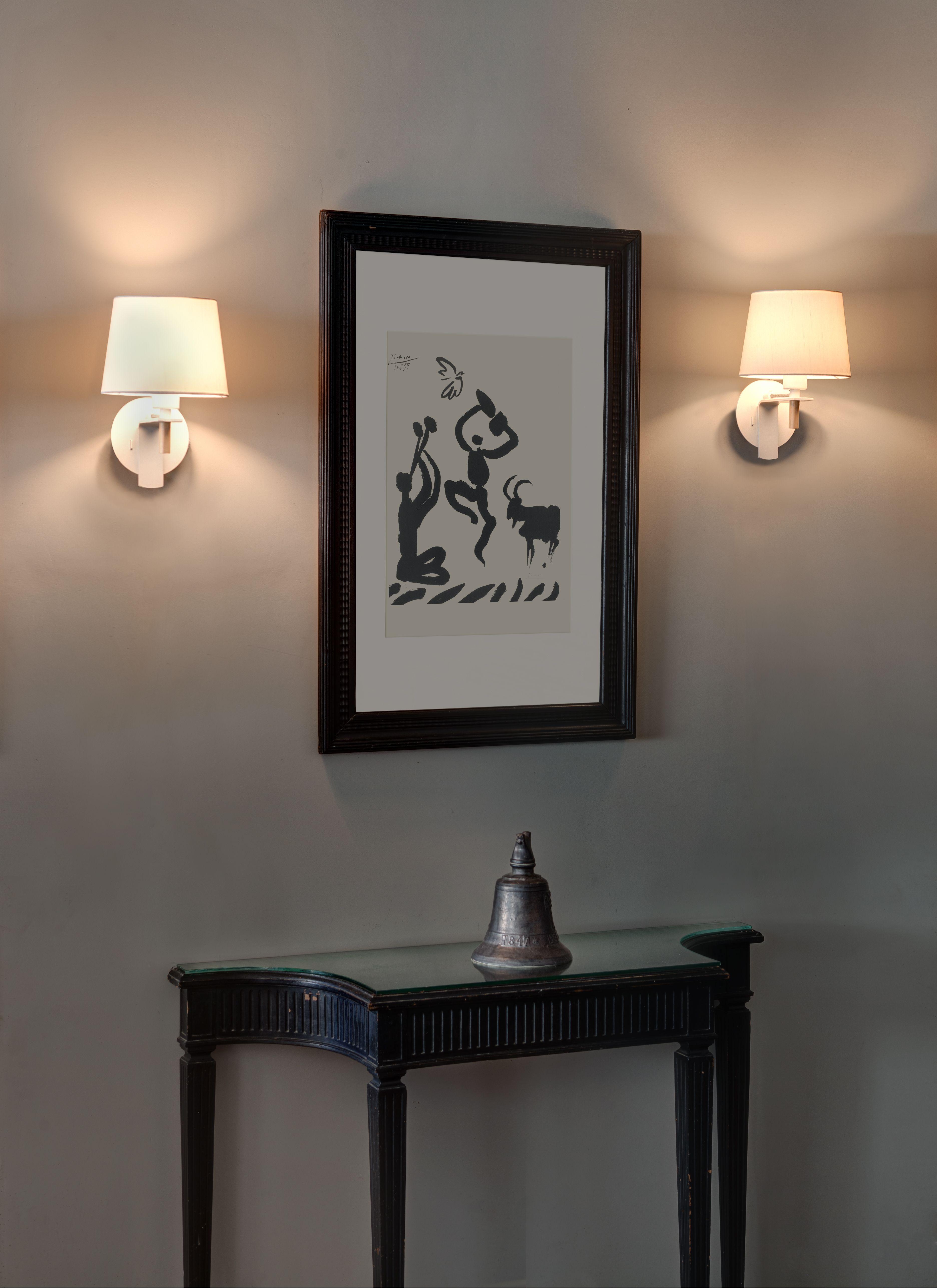Faro Modern Bedroom Set: FUSTA Es Una Serie De Lámparas Diseñada Por Alex & Manel