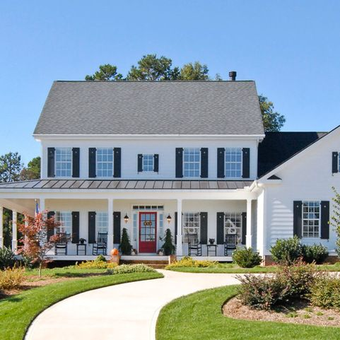 Colonial With A Front Porch Additionlovely Farmhouse