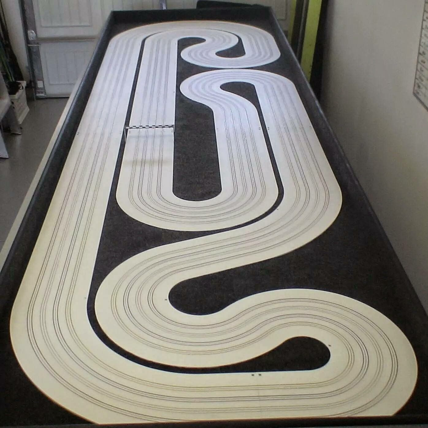Pin by Bob Harkins on tabletop track Slot cars, Slot car