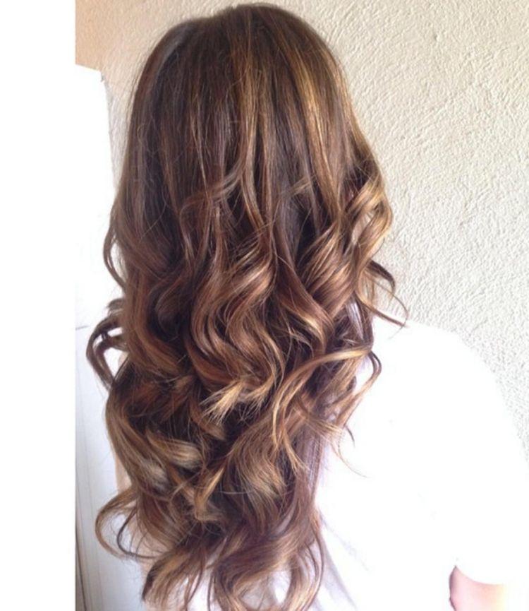 Caramel Haarfarbe Karamell Braun Wellen Lange Haare