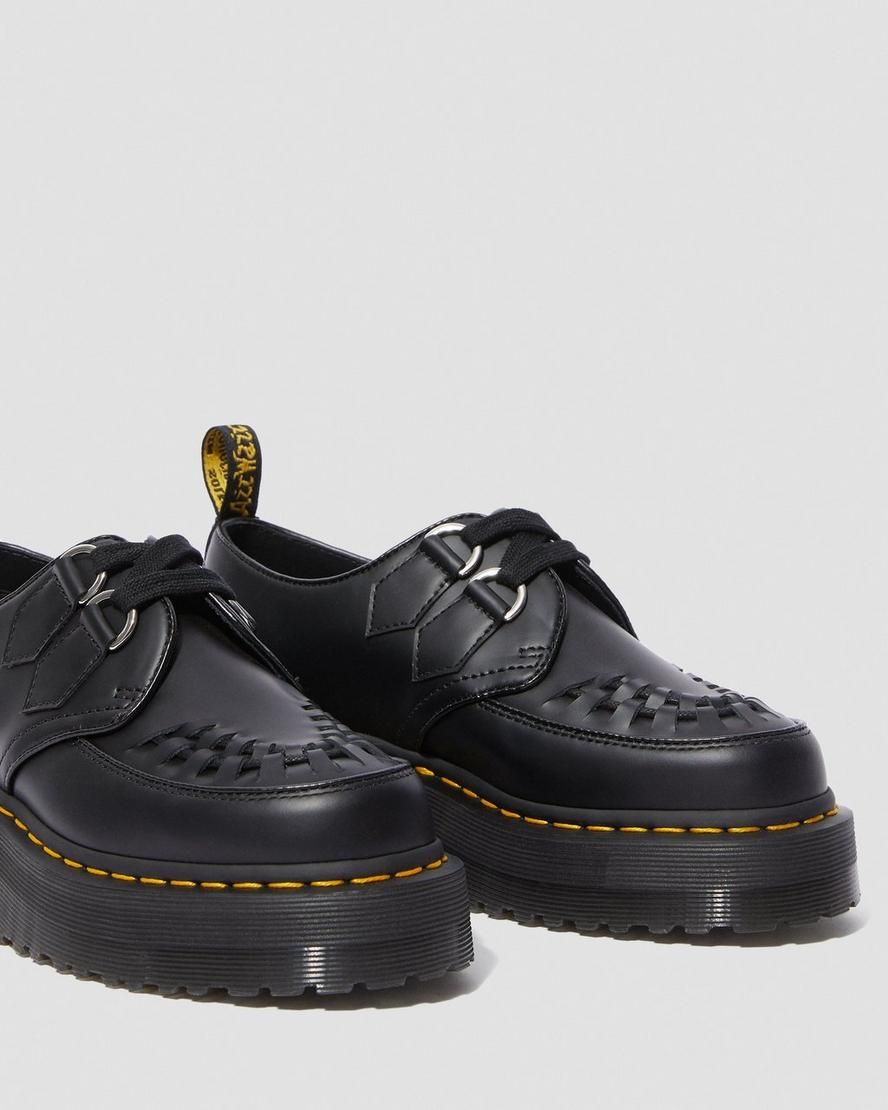 schuh Keep it sassy! The new Dr. Martens x Lazy Oaf