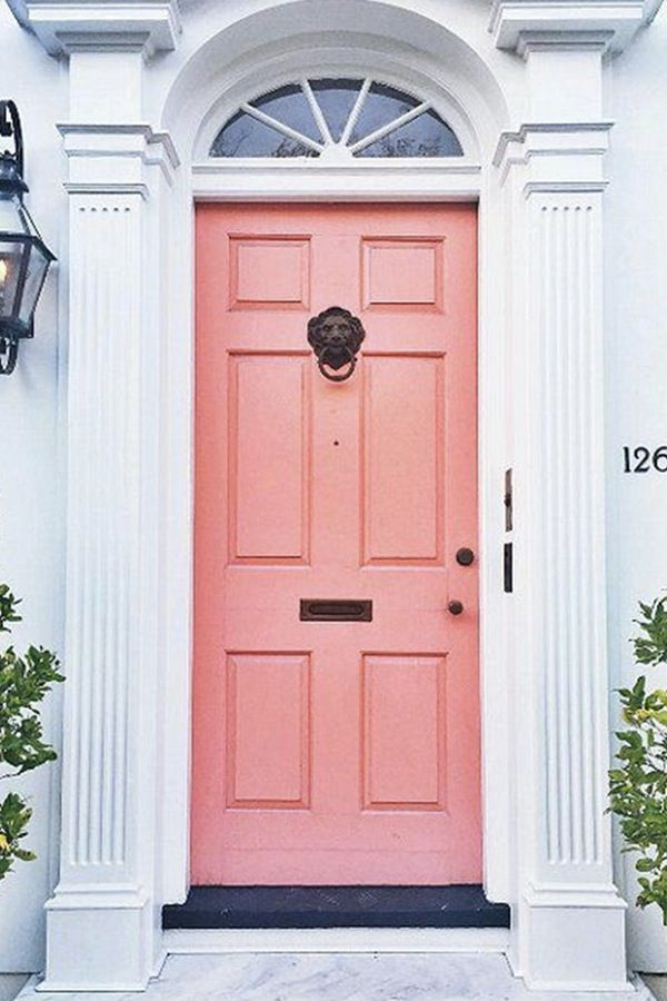 19 Chic Ways to Use Coral in Your Home   Front doors, Southern and ...