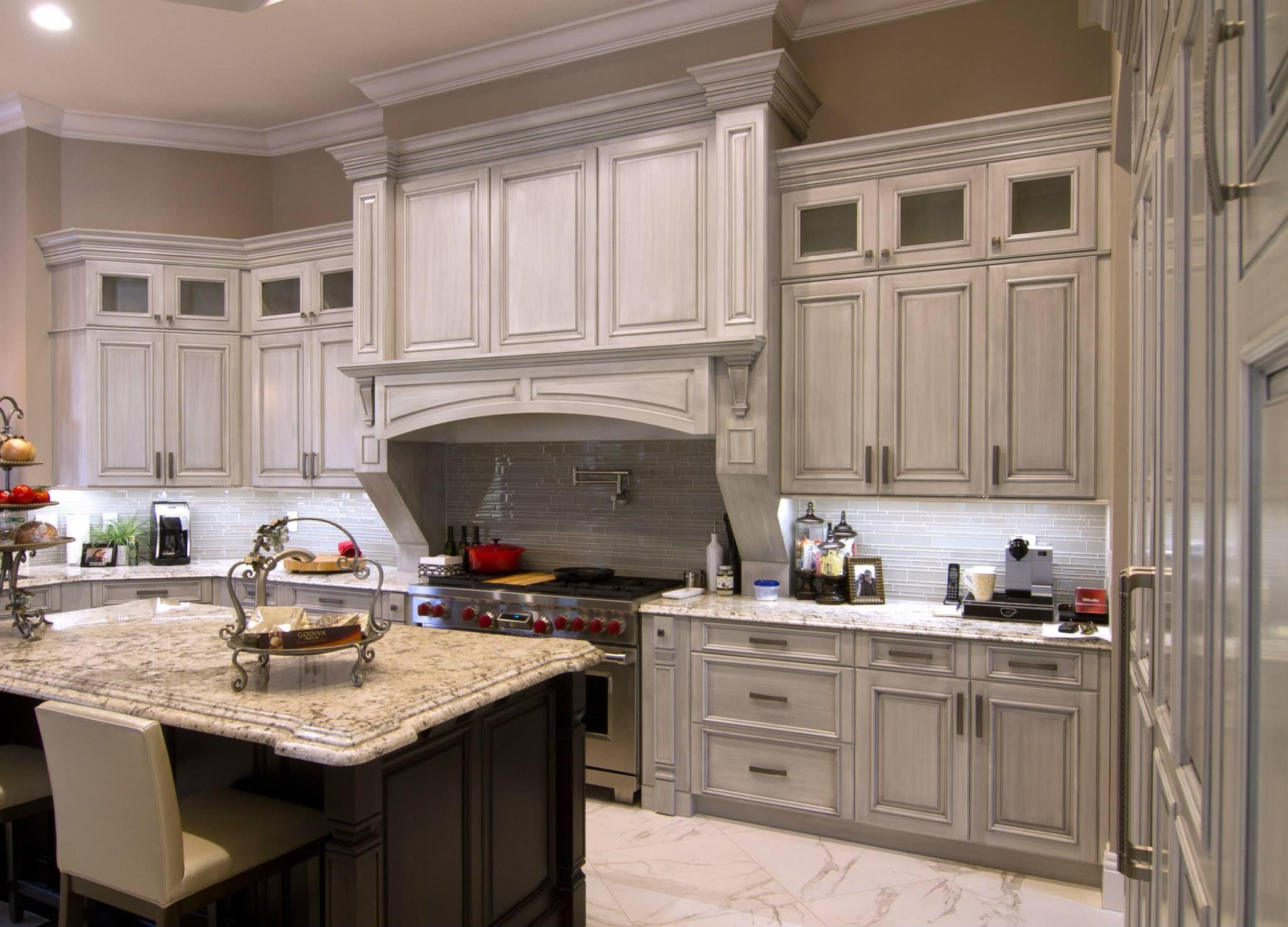 High End Kuche Schranke Mccabinet Mit Weissem Besten Custom Verwendet Welche Die Qualitat Kitchen Cabinet Manufacturers Kitchen Remodel Luxury Kitchen Cabinets