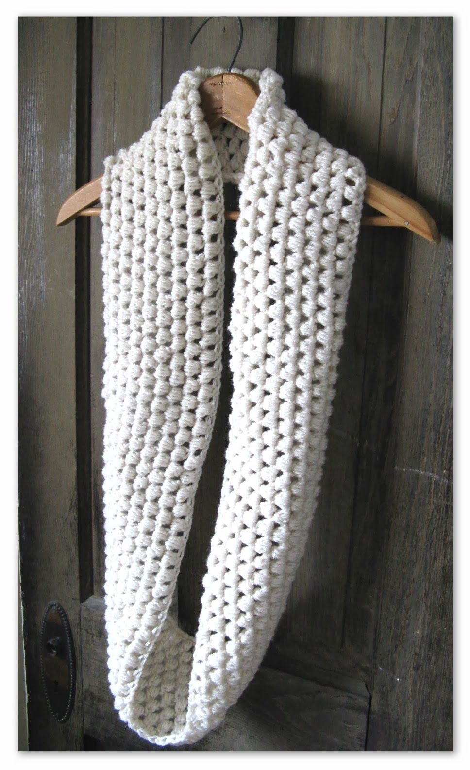 Happy as a Lark: Crocheting a Puff Stitch Infinity Scarf.. has link ...
