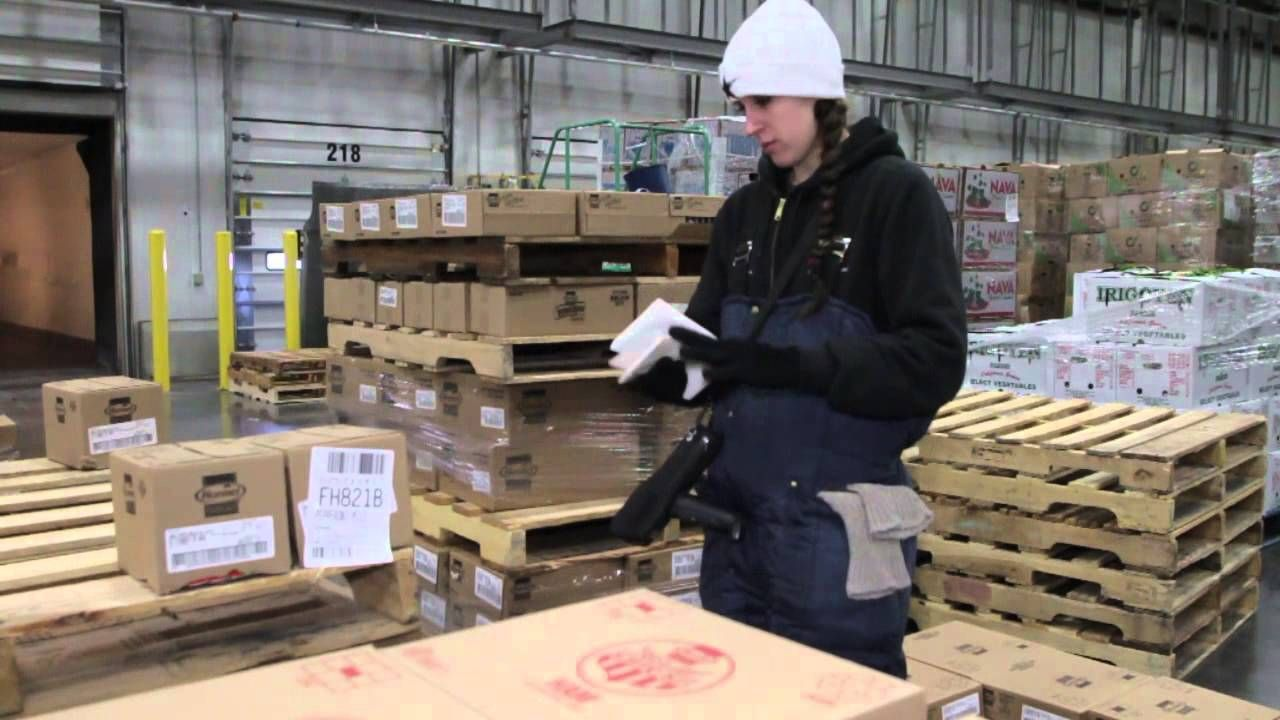 Winco Foods Working At Our Distribution Centers Winco Winco