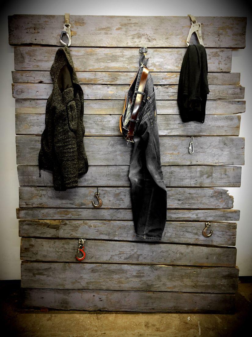 die besten 25 holzwand garderobe ideen auf pinterest garderoben aus holz diy holzwand und. Black Bedroom Furniture Sets. Home Design Ideas