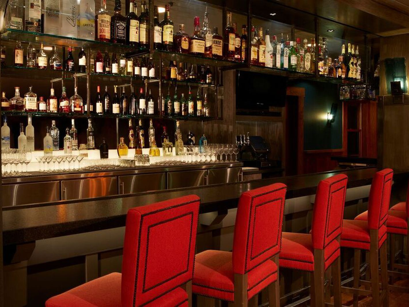 The 15 Best Places To Drink In North Lake Tahoe North Lake Tahoe Lake Tahoe Tahoe