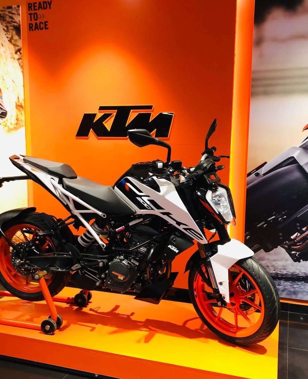 2020 Bs6 Ktm Duke And Rc Series Launched Price Specs Colors In