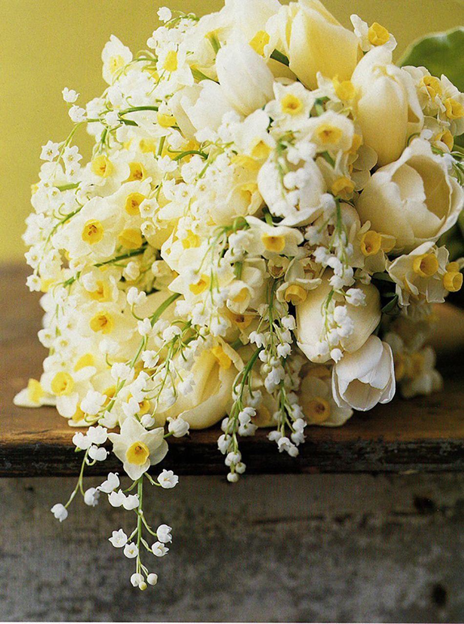Yellow Daffodils In A Bouquet Weddingflowersdiybookpages Wedding