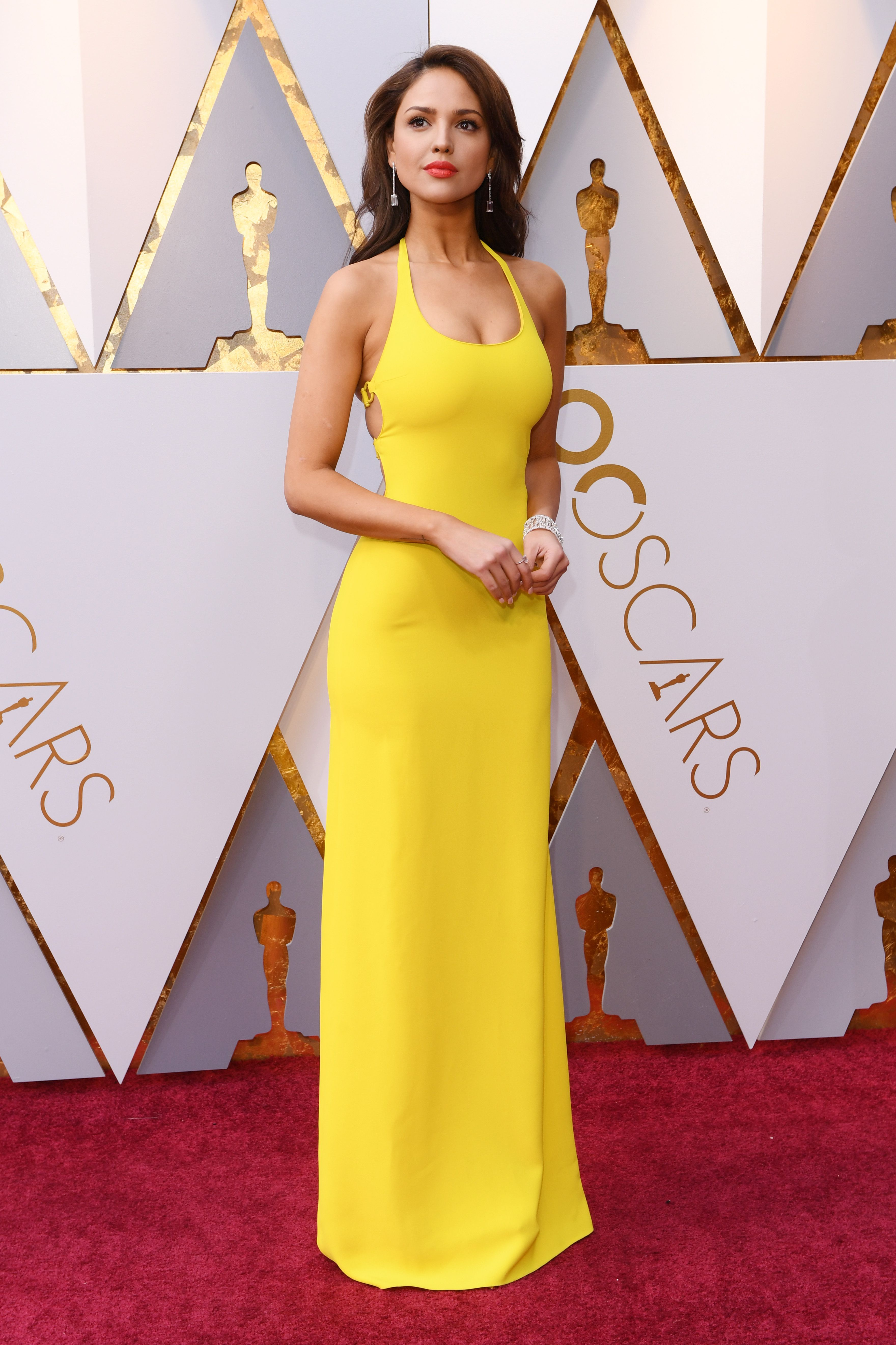 Oscars 2018 Red Carpet  Eiza Gonzalezk at the 2018 Academy Awards 67195181a
