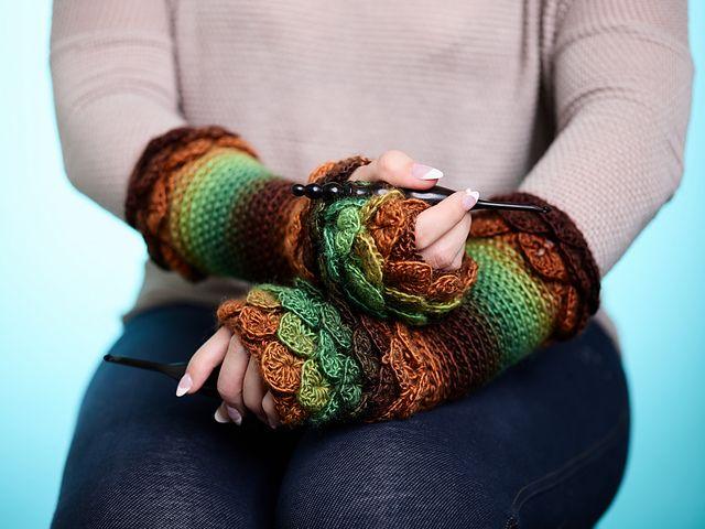 Crocodile Stitch Fingerless Gloves Crochetlove Download Free Pdf