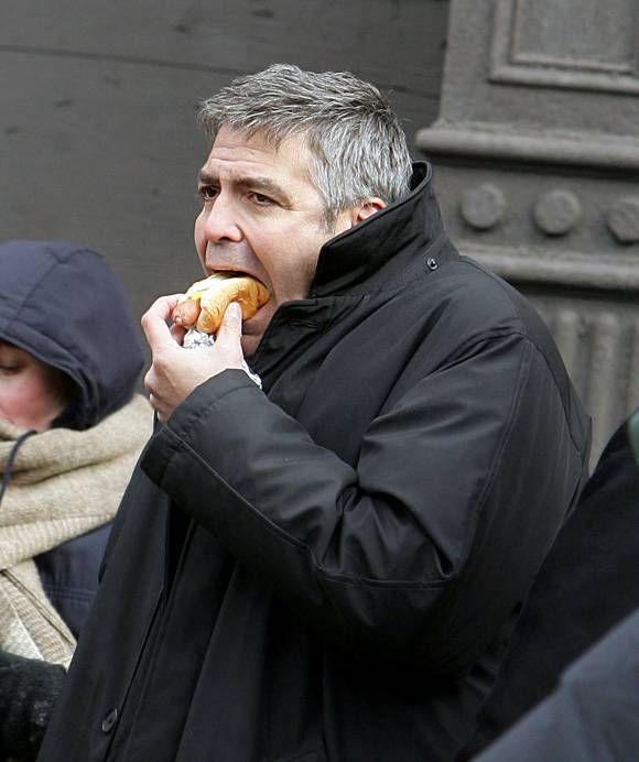 Celebrities Eating Hot Dogs Photos Celebrities Hot Dogs Famous Celebrities