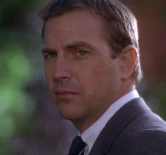 Kevin Costner as Frank Farmer. The Bodyguard.