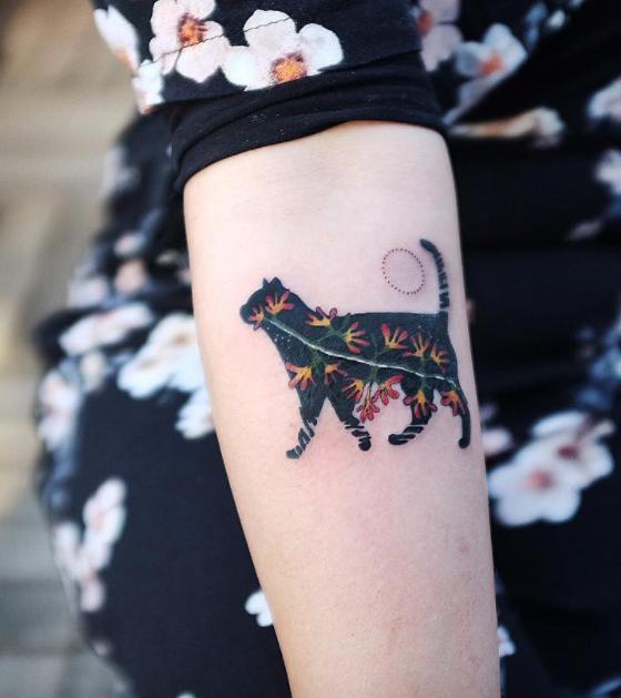Spring Flirt Tattoo | Tattoos, Animal tattoos, Cat tattoo