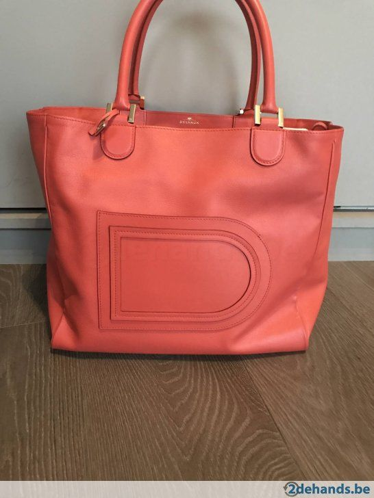 6dd37613e01 Delvaux Louise Hobo in coral red GM   可以做   Pinterest   Timeless ...