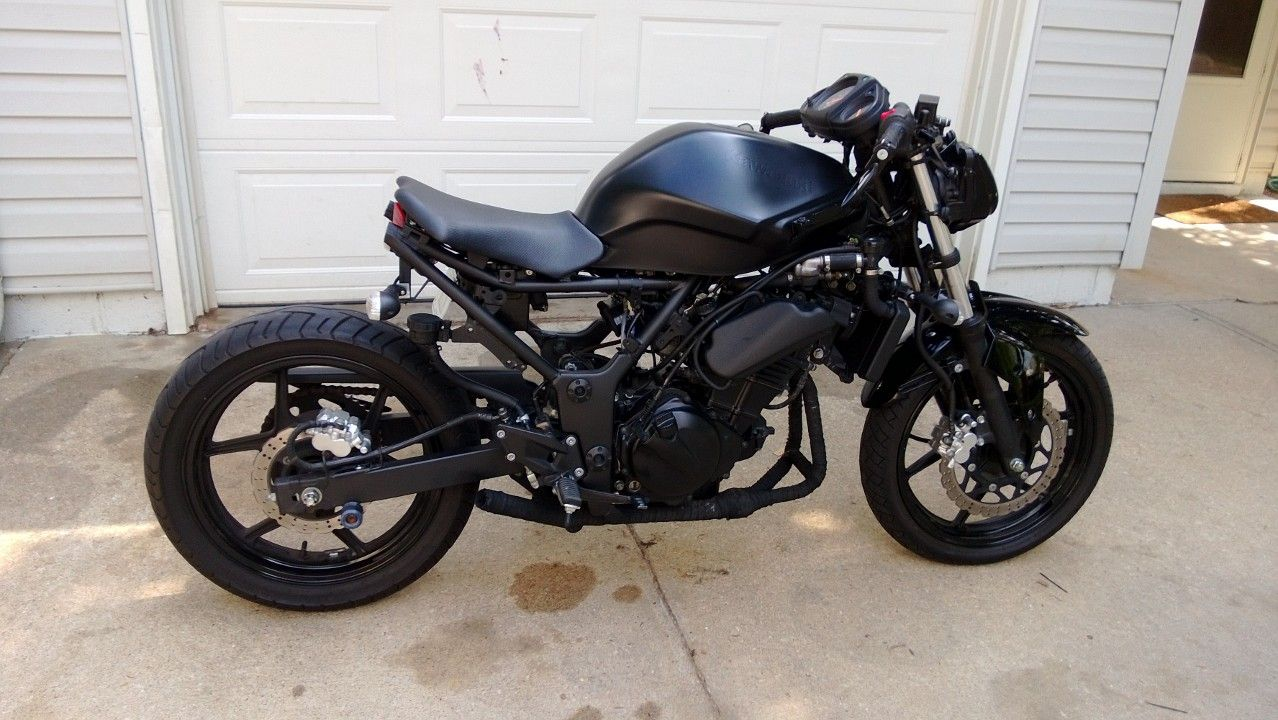 my next build a ninja 250r streetfighter rucki grom 39 s. Black Bedroom Furniture Sets. Home Design Ideas