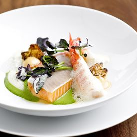 New York Ny The Scandinavian Seafood Dishes At Aquavit Will Frequent Your Daydreams The Restaurant Moved From Its Intima Food Amazing Food Food Inspiration