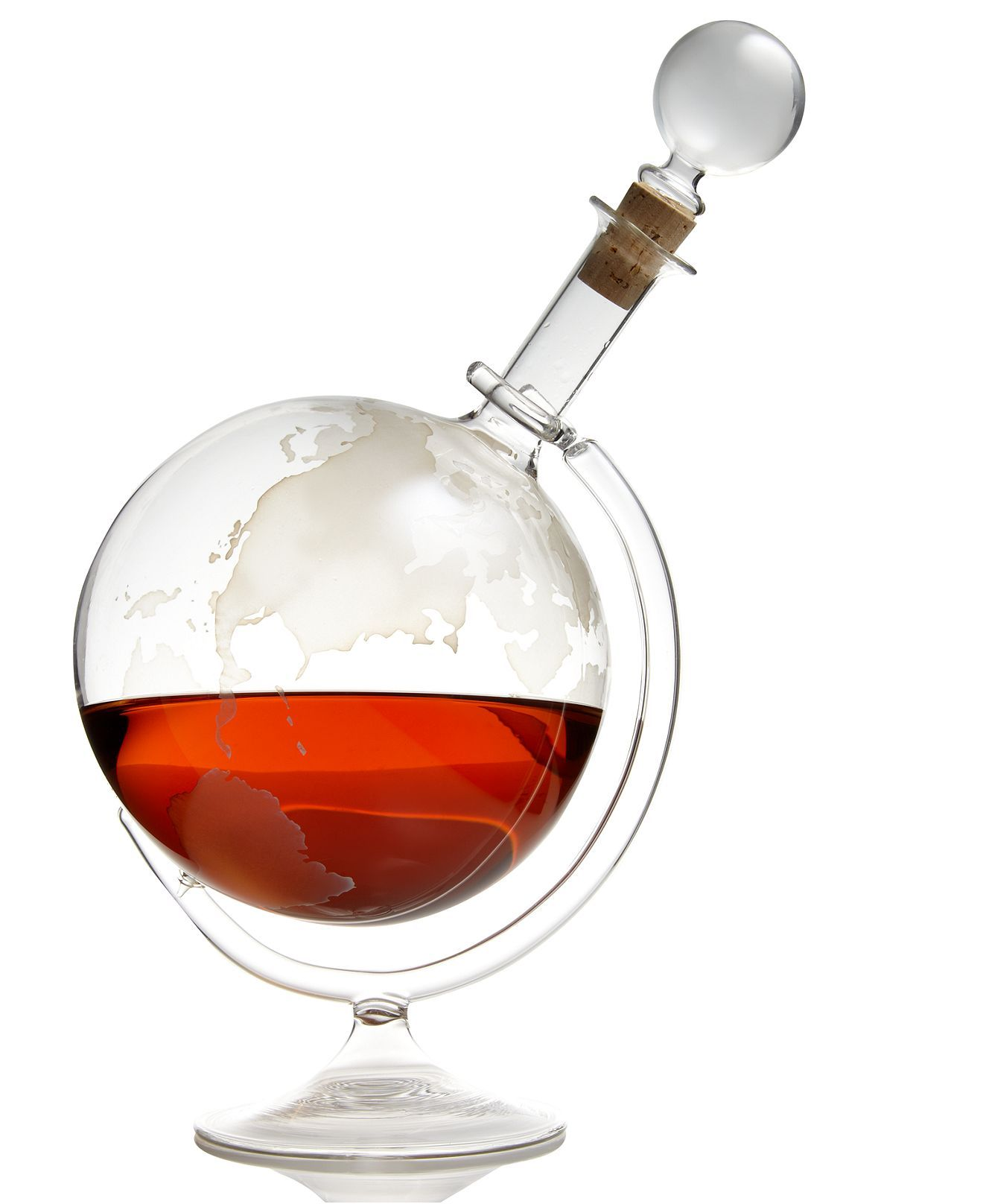 Wine Enthusiast Etched Globe Decanter I See The Captain Having One Of These Wine Wine Gadgets Wine Accessories