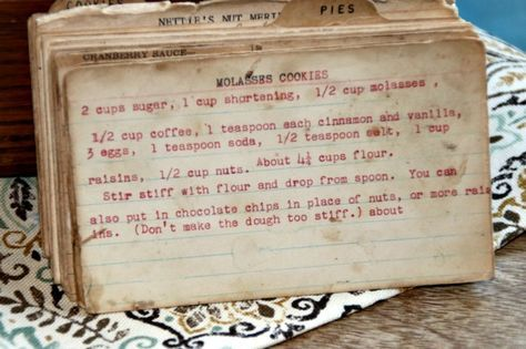 Molasses Cookies - view this vintage recipe which is perfect for a holiday cookie swap