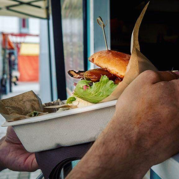 http://ift.tt/2vzjovF jännä että Myyrmäestä saa hyvää aamupalaa lounasta ja grilliruokaa katuruoka kojusta. #quickies kannattaa käydä kokeilee jos siellä suunnilla liikkuu.