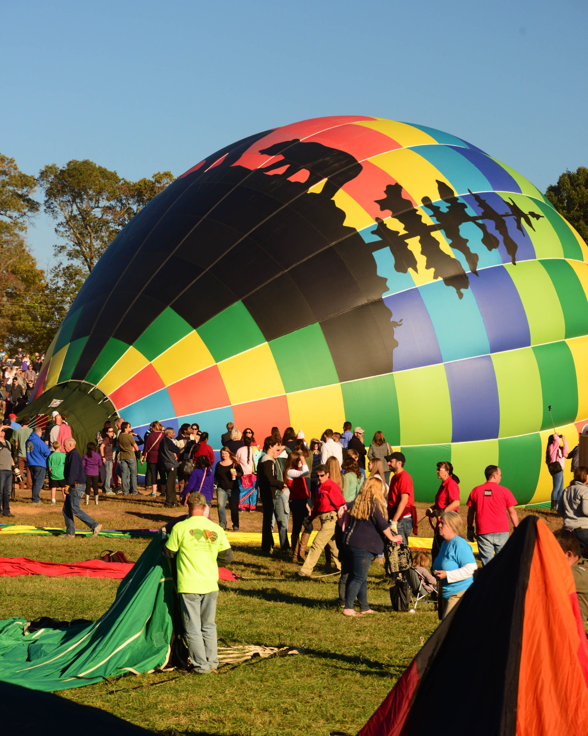 Five scheduled flights over the weekend and Balloon Glow