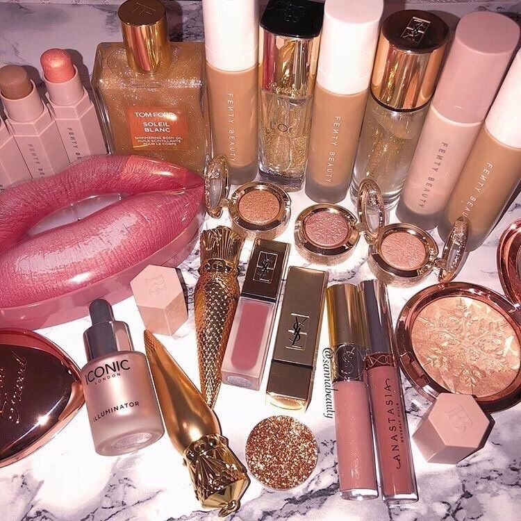 𝓅𝒾𝓃 𝒷𝓎 𝓂𝒶𝓀𝑒𝓊𝓅_𝒻𝓁𝒶𝓌𝓁𝑒𝓈𝓈🥰 (With images) Luxury makeup