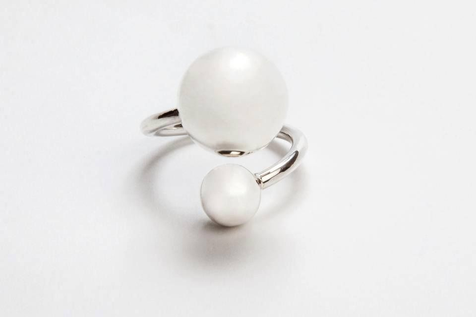 """2 balls is size ajustable and goes beautifully with the """"teardrop""""for a real statement. http://silverchilli.bigcartel.com/product/2-ball-ring"""