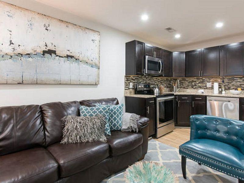 Cozy, modern 2 bedroom Washington D.C. family-friendly ...