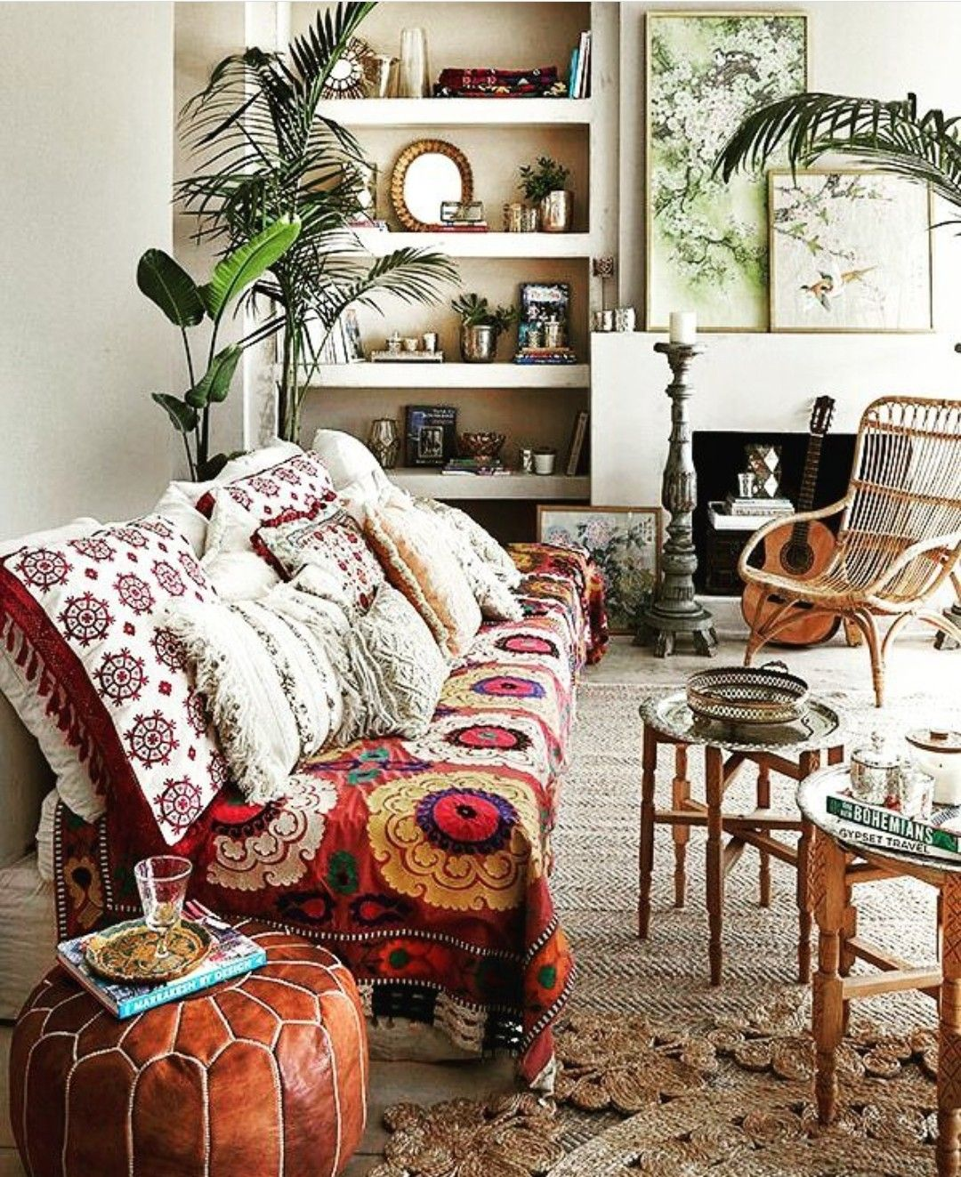 Pin By Colleen Wong On Jungalows Bohemian Living Rooms Bohemian