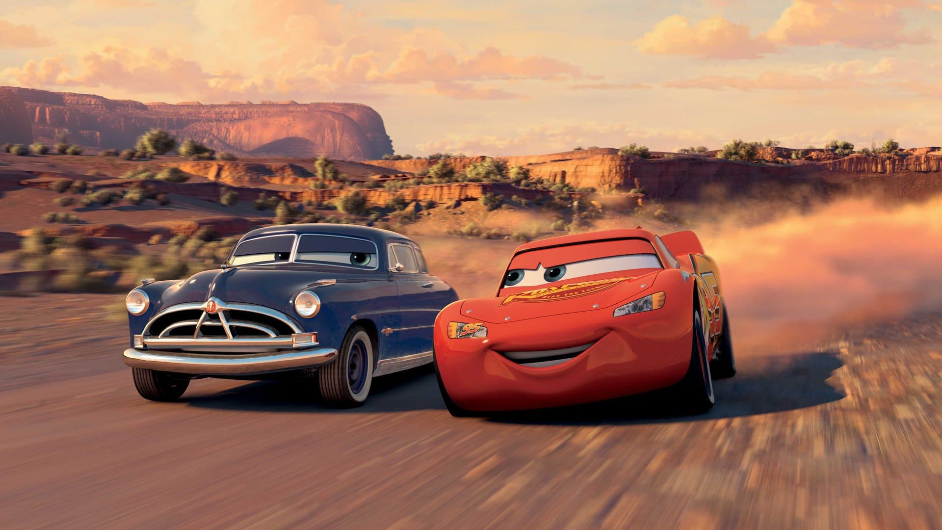 Cars 2006 Ganzer Film Deutsch Komplett Kino Ausgerechnet Jetzt Da Er Als Newcomer Die Etablierten Stars Am Rande Der Nied Disney Cars Lightning Mcqueen Rennen