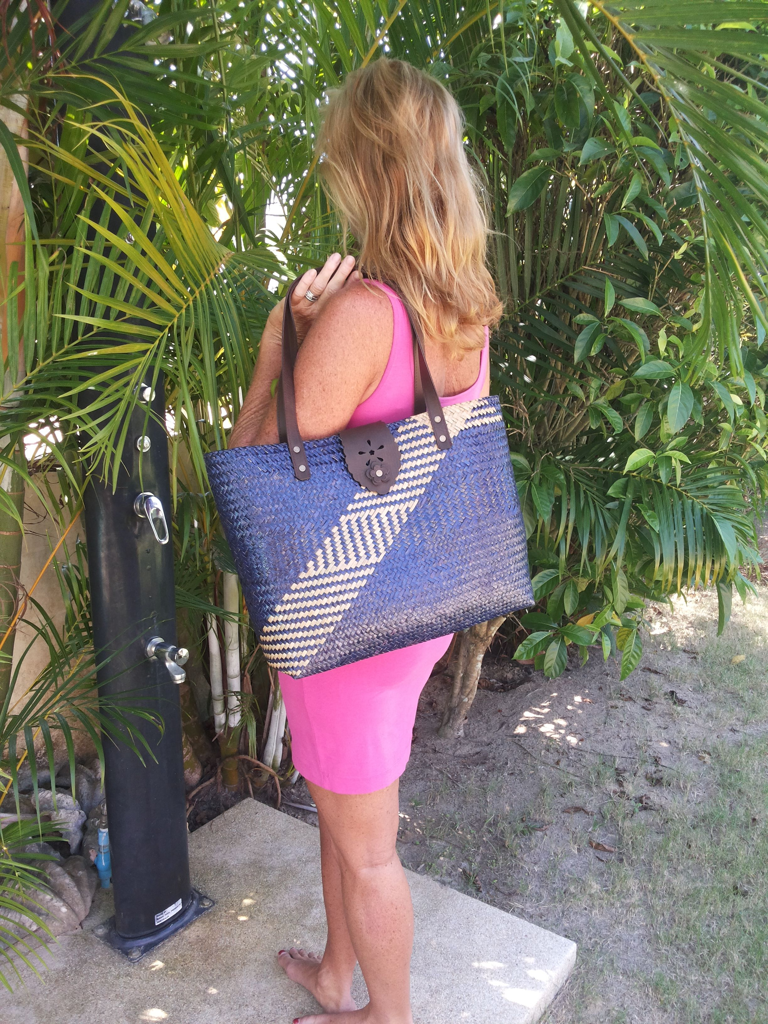 handmade straw bags from thailand  visit our website  WWW.DIODONNA.NL NOW 9.95 EURO or $ 13.50 US DOLLAR