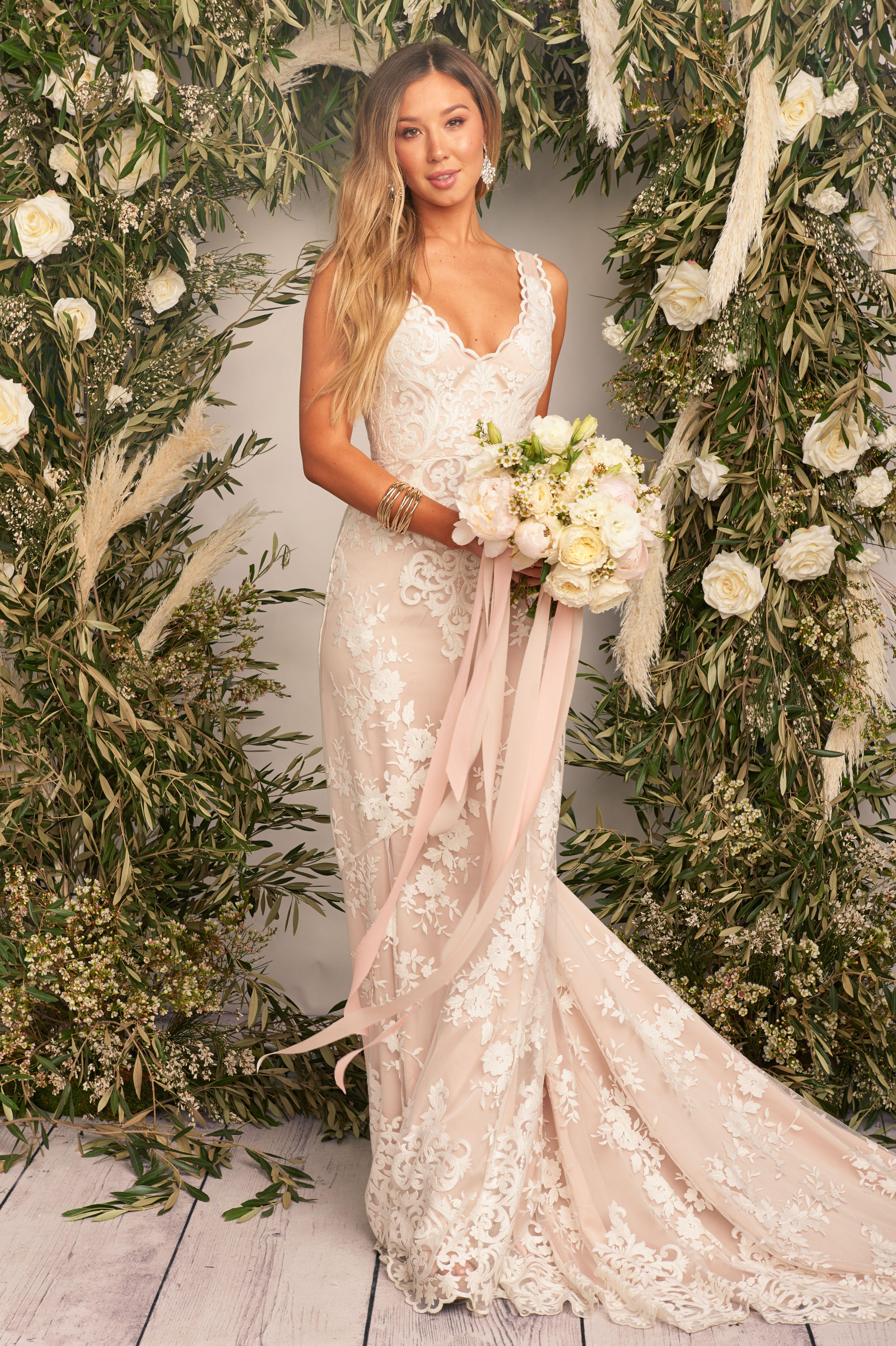 Show Me Your Mumu Contessa Bridal Gown Mumubride Bohobride Luxebride Wedding Dresses Wedding Dresses Lace Handmade Wedding Dresses