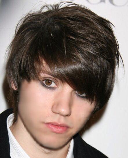 He's just amazing with eyeliner