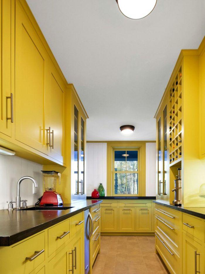wände streichen ideen küche gestalten gelbe küchenschränke weiße ...