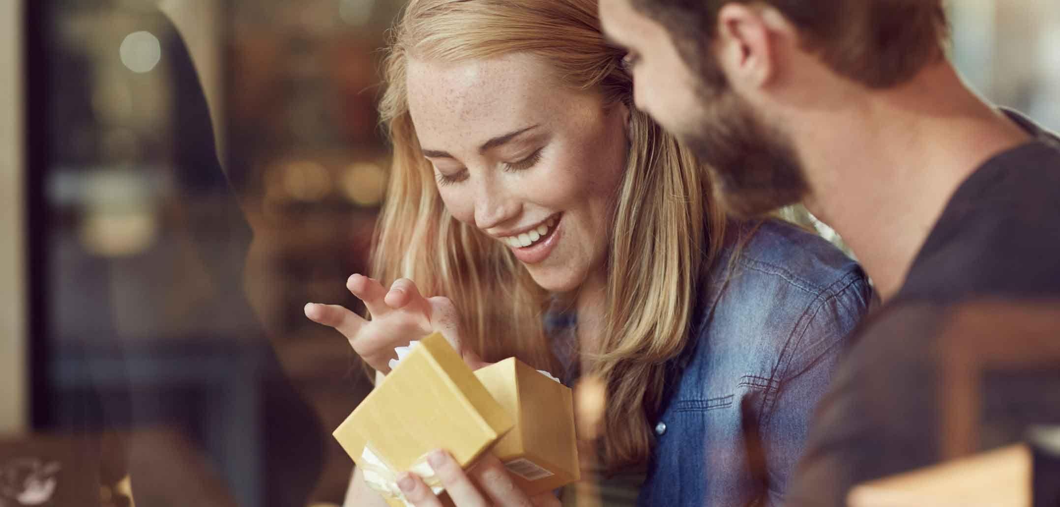20 romantische Kleinigkeiten, die jeder Beziehung gut tun