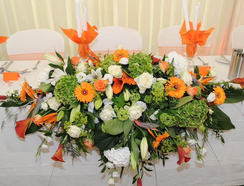 farm table flower arrangements ...