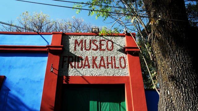 Tomas de Timelapse hechas dentro del museo Museo Frida Khalo Casa Azul.