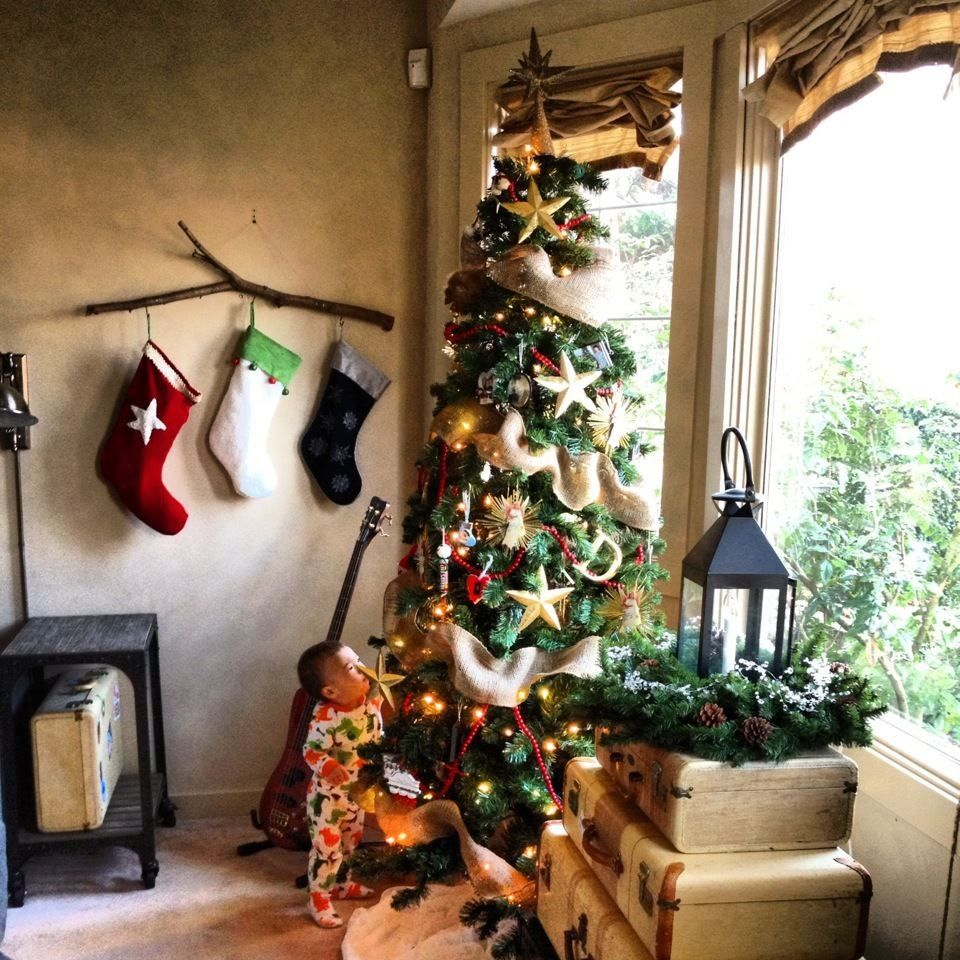 Love The Rustic Look Previous Pinner No Fireplace Mantel To Hang Our Stockings So We Made Christmas Stockings Diy Hanging Christmas Stockings Christmas Diy
